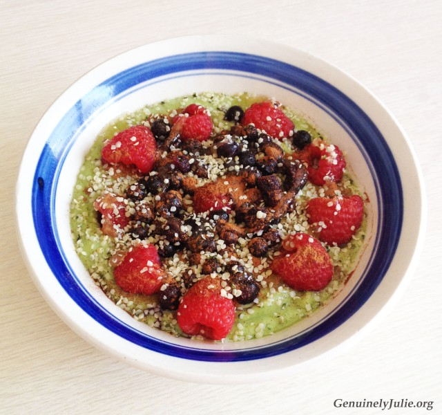 Avocado Matcha Smoothie Bowl 2